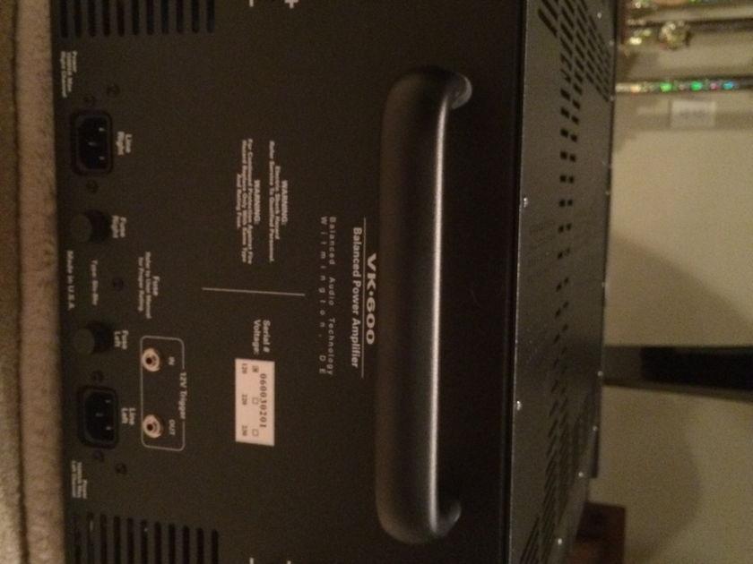 Balanced Audio Technology BAT VK 600SE Includes 655SE Caps
