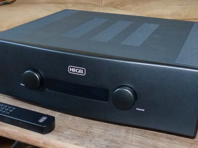 Hegel H360 Integrated Amp Digital/Analogue Ins/Out  Black NEW PRICE