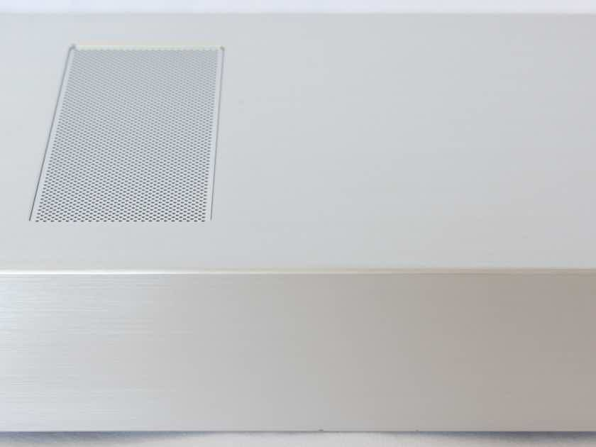 Oppo HA-1 Headphone Amp / DAC / Pre Amp. Silver