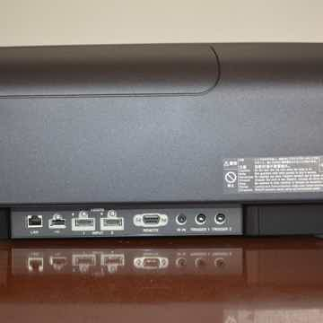 Sony VPL-VW675ES