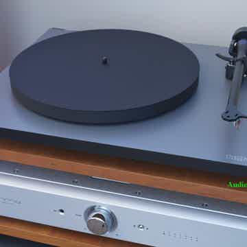 P1 Turntable with RB100 Tonearm