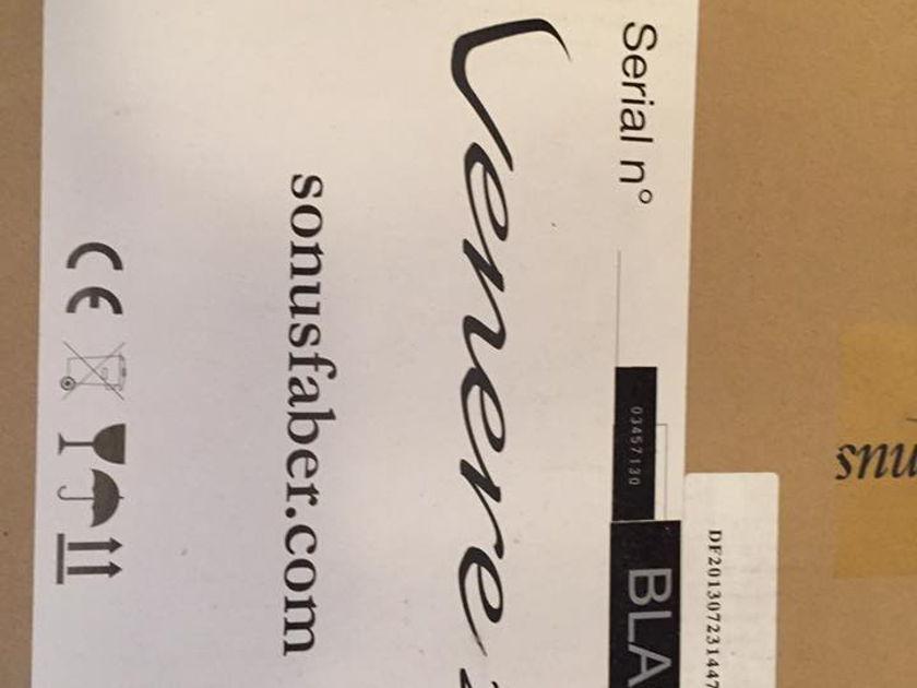 Sonus Faber Venere 2.5 Pair Black - New in sealed box! *Reduced Price*