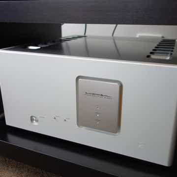 Luxman M800A Power Amp' 220/230V M-800a