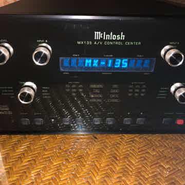 McIntosh mx-135