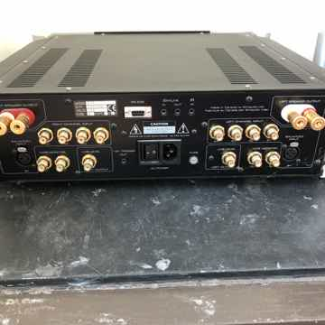 Simaudio Moon i7 Integrated Amplifier