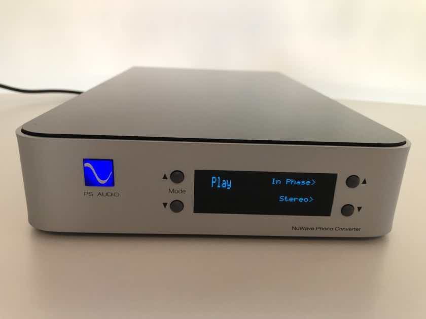 PS Audio NuWave Phono Preamplifier Silver