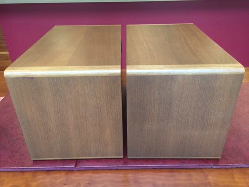 Audiophile Quality Full Range Monitors - Canton: Karat 200 Speakers - Compare to B&W, Thiel low end