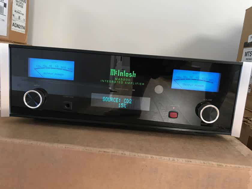 McIntosh Ma-5200 ***PRICE REDUCED***