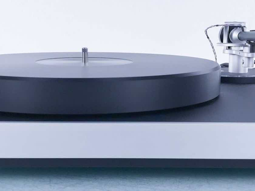 Clearaudio Concept Turntable; Concept Tonearm (No cartridge) (17176)
