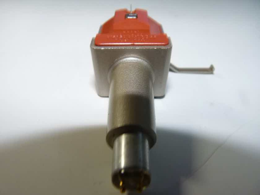 Sony XL-55PRO phono cartridge. Low output MC