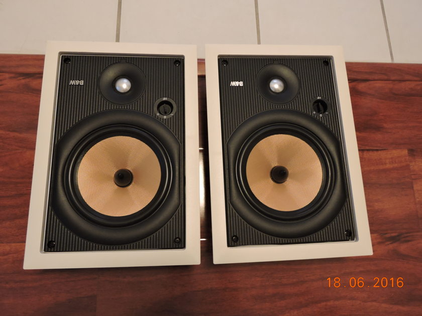 . .  B&W Signature 7NT in-wall/in-ceiling speakers