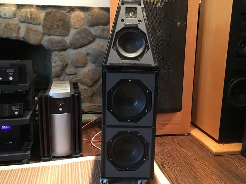 Wilson Audio Watt Puppy 5 V in Gloss Black, Just Restored, NY/NJ/CT