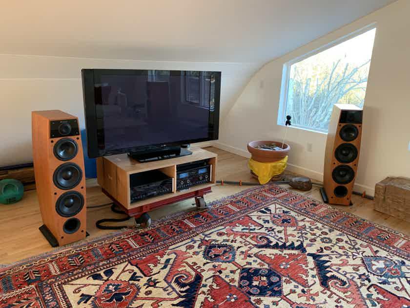 McIntosh System MA6500 Amp, 4x LS340 Speakers, MCD205 CD Player