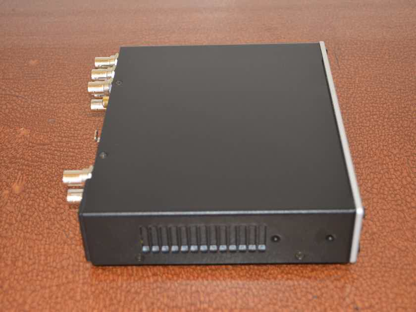 Mutec MC-3+ Smart Clock USB -- Excellent Condition (see pics!)