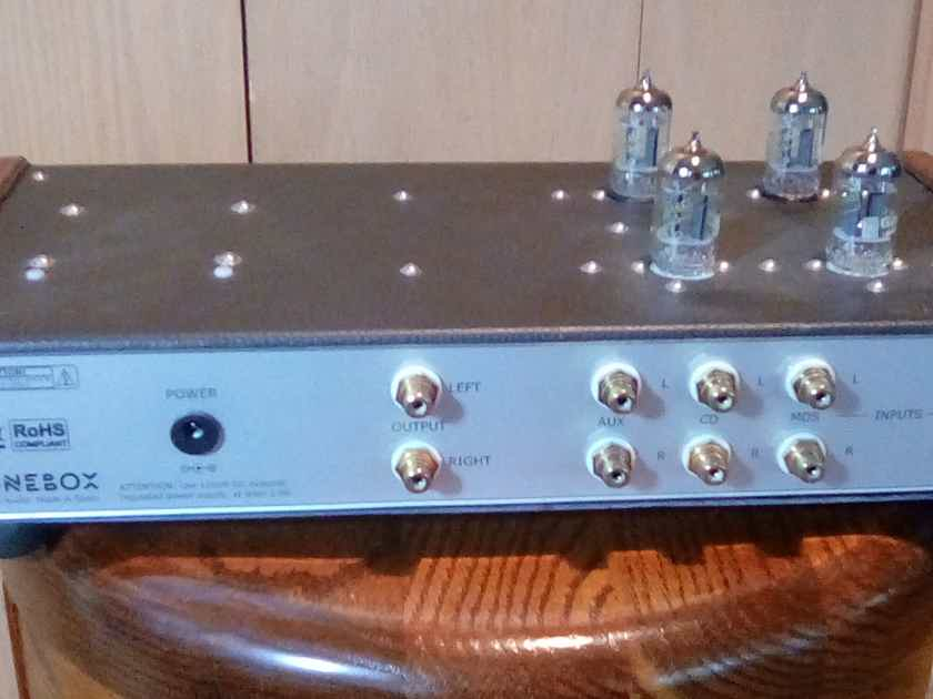 Xtonebox Tube Preamplifier