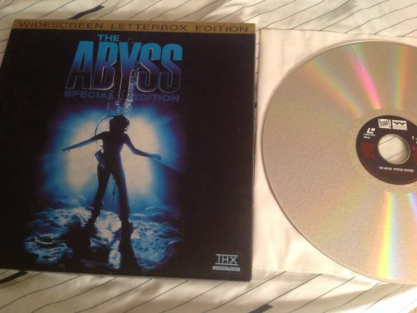 Ed Harris  The Abyss Widescreen THX Laserdisc 3 Disc Edition