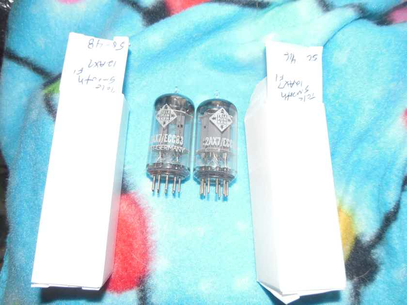 2 tightly matched super nice telefunken smooth plate 12ax7 tubes