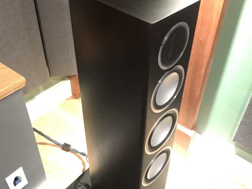 Monitor Audio Gold 200 Dark Walnut...Amazing Speakers!!