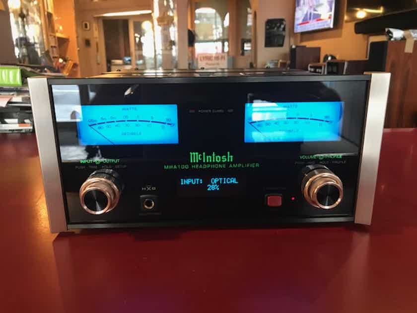 McIntosh MHA-100 Headphone Amp