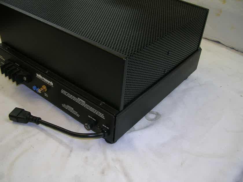 AUDIO RESEARCH VTM-120 MONO PAIR   120 WATT each