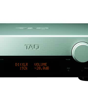 TAD Labs C2000 Preamplifier w/DAC Excellent Condition