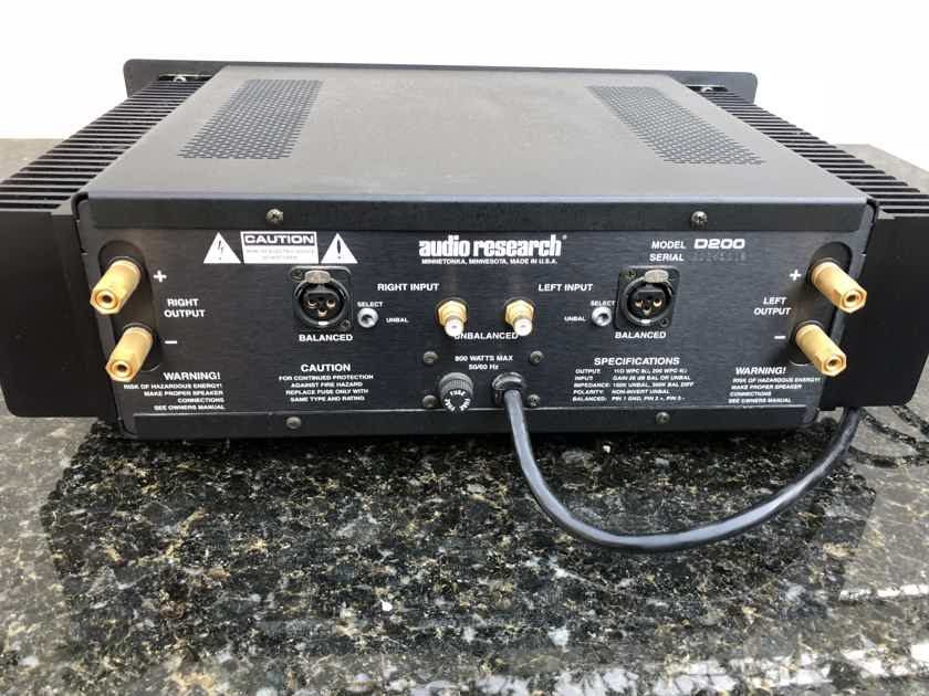 Audio Research D-200