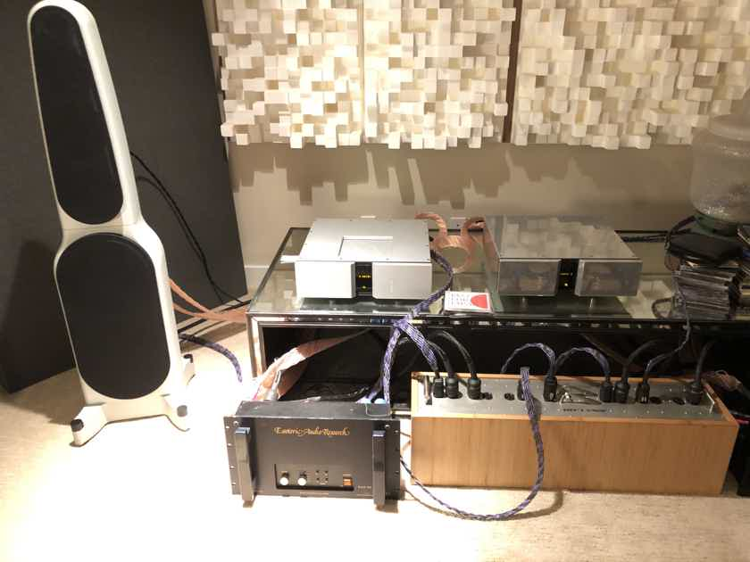 Esoteric Audio Research 549 Monoblock Amplifiers EXTREMELY RARE