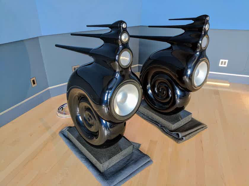 b w bowers wilkins nautilus legendary original. Black Bedroom Furniture Sets. Home Design Ideas