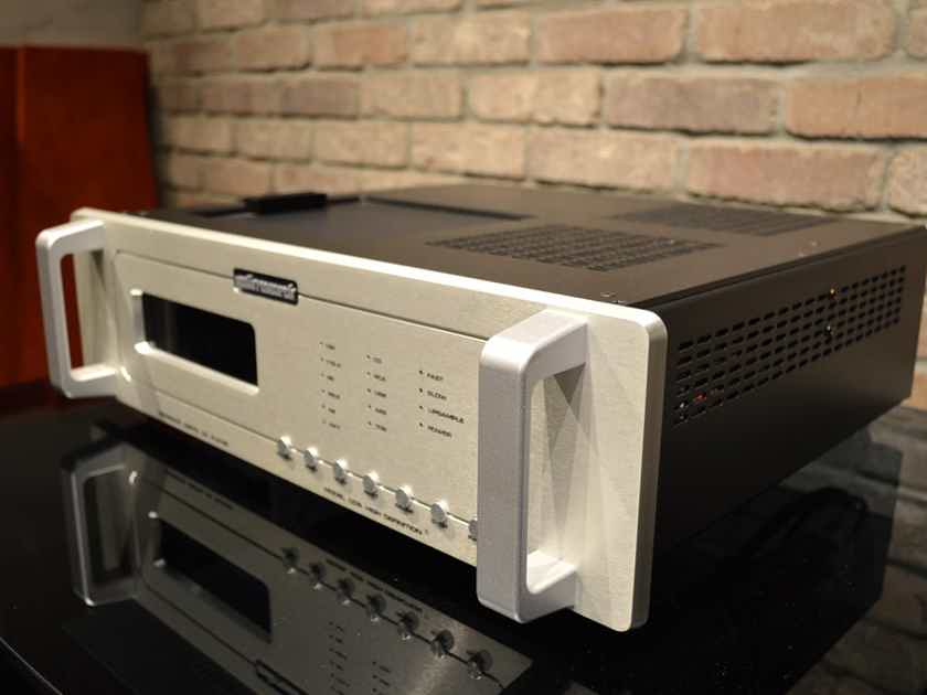 Audio Research Reference CD-9 - Tube CD Player / DAC