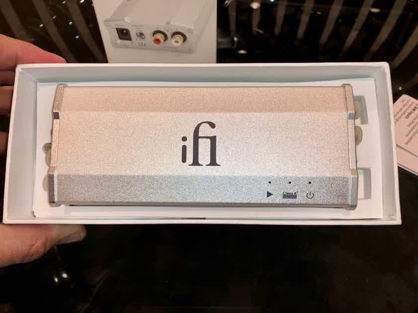 iFi iPhono2 Phono Preamp