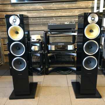 B&W (Bowers & Wilkins) CM9 Floorstanding Speakers In Gl...