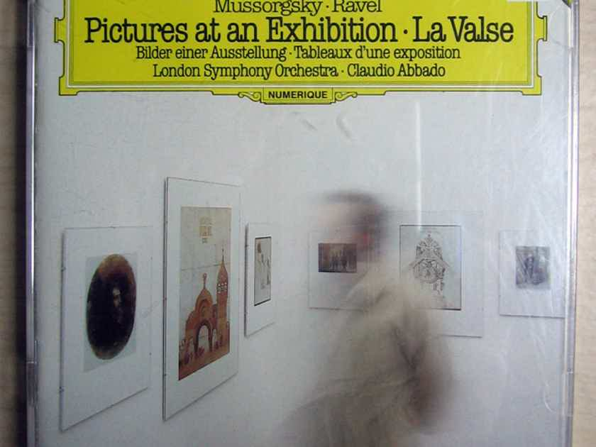 Mussorgsky, Ravel - London Symphony Orchestra - Pictures At An Exhibition / La Valse  Deutsche Grammophon ‎– 410 033-2