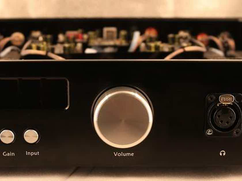 Audio GD R28 Balanced preamp w/ R2R DAC & 9.5wpc headphone amp