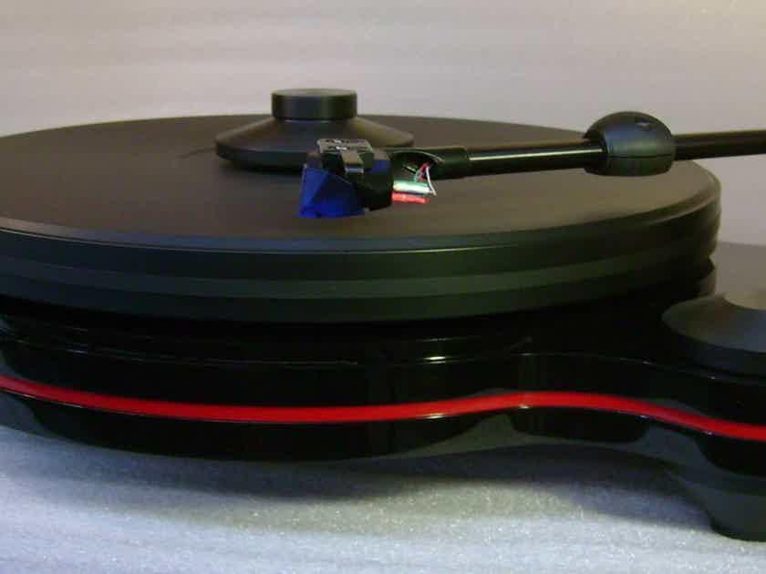 Oracle Audio Technologies Origine Turntable w/Benz Silver mc cart