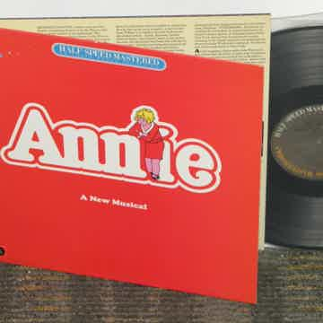 "OST ""Annie"" The Original Broadway Cast recording"
