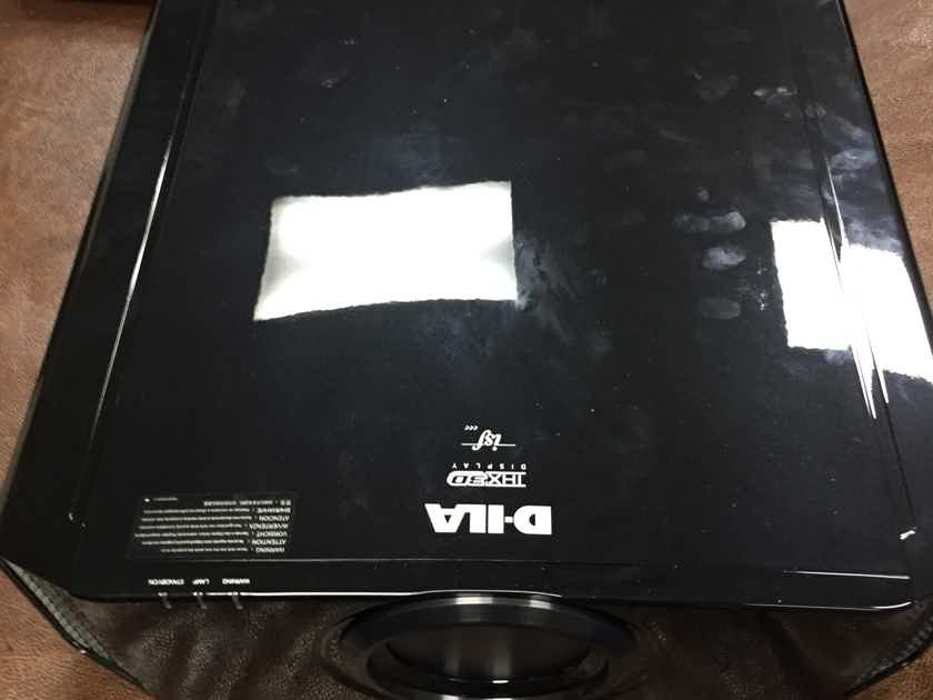 JVC DLA-X9 projector with 4x3D glasses