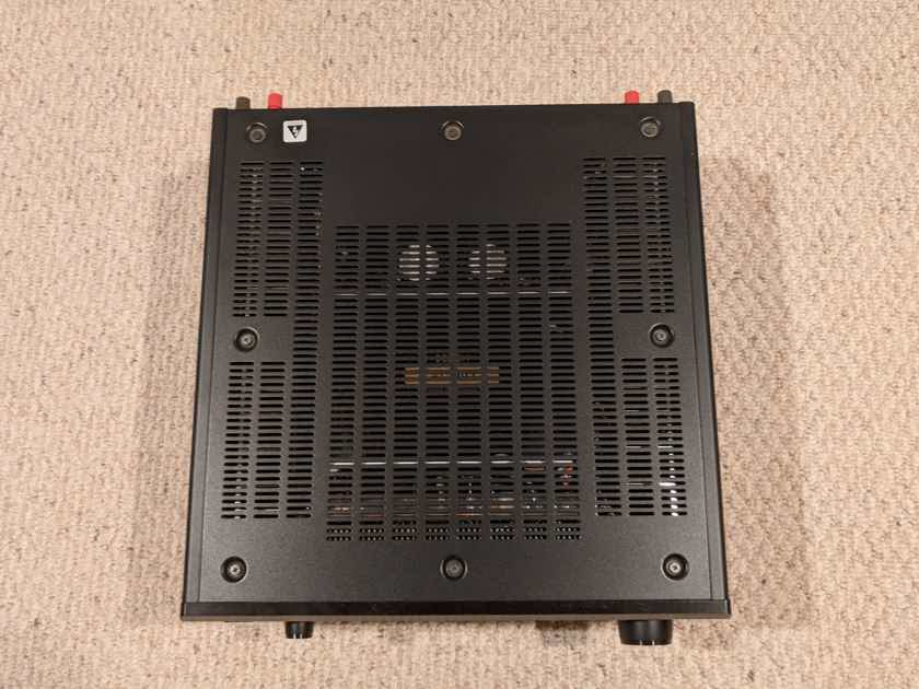 Denon AVR-5800 Receiver