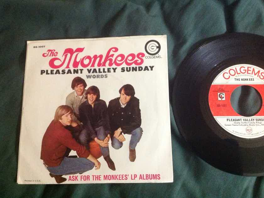 The Monkees - Pleasant Valley Sunday 45 With Sleeve