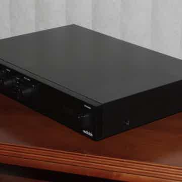 Audiolab 8000Q Pre-Amplifie