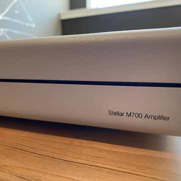 Stellar M700