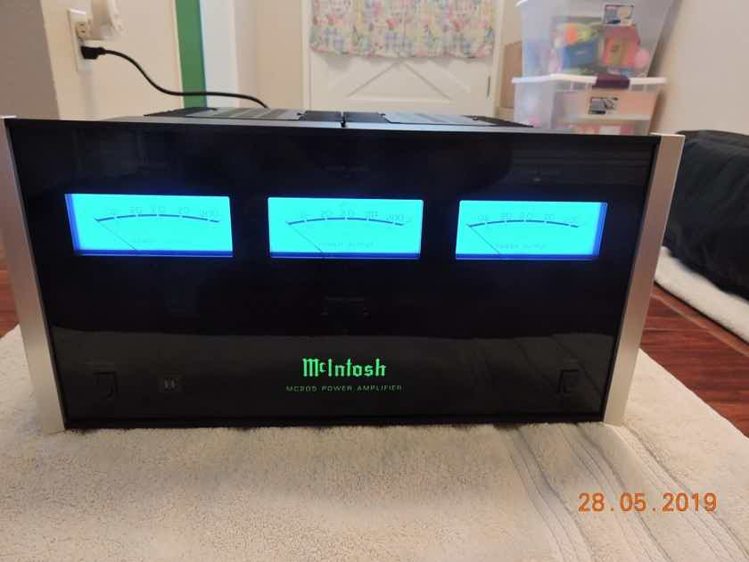 McIntosh Labs MC-205 200Wx5 Power Amplifier - Very Clean MC205