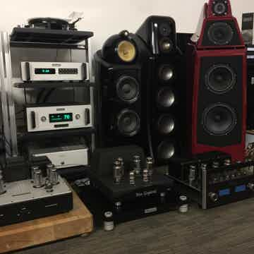 McIntosh C50 Preamp & MC-452 Stereo Amplifier