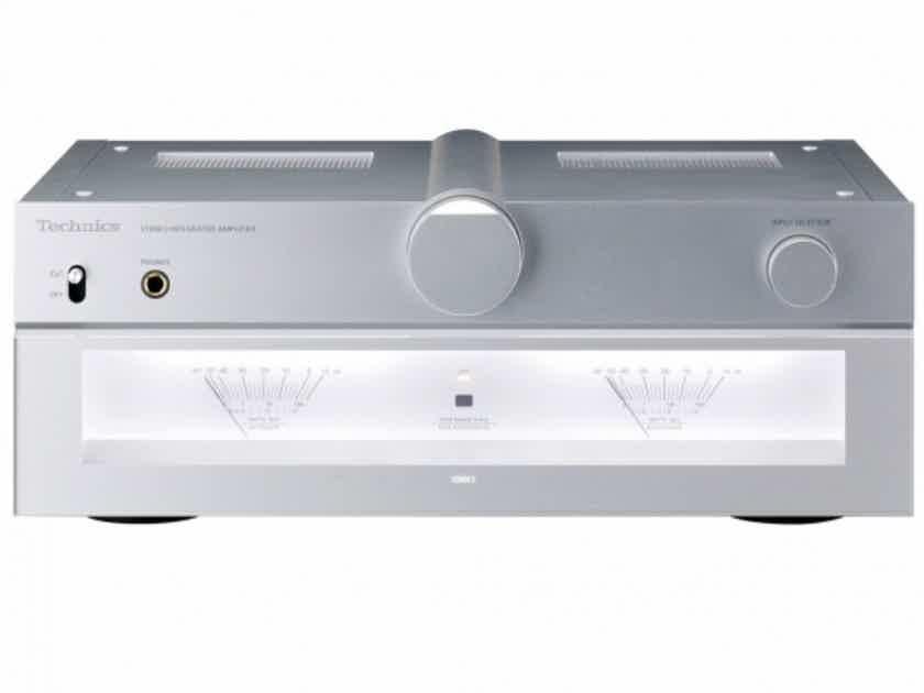 Technics SU-C700 Stereo Integrated Amplifier; SUC700; Silver (New) (1/9) (18832)
