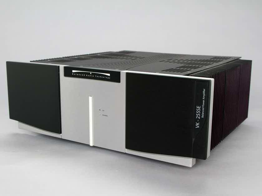 Balanced Audio Technology VK 255SE Mint condition great solid state