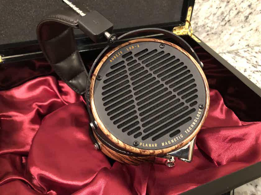 Audeze LCD-3 Fazor, Leather, Presentation Case