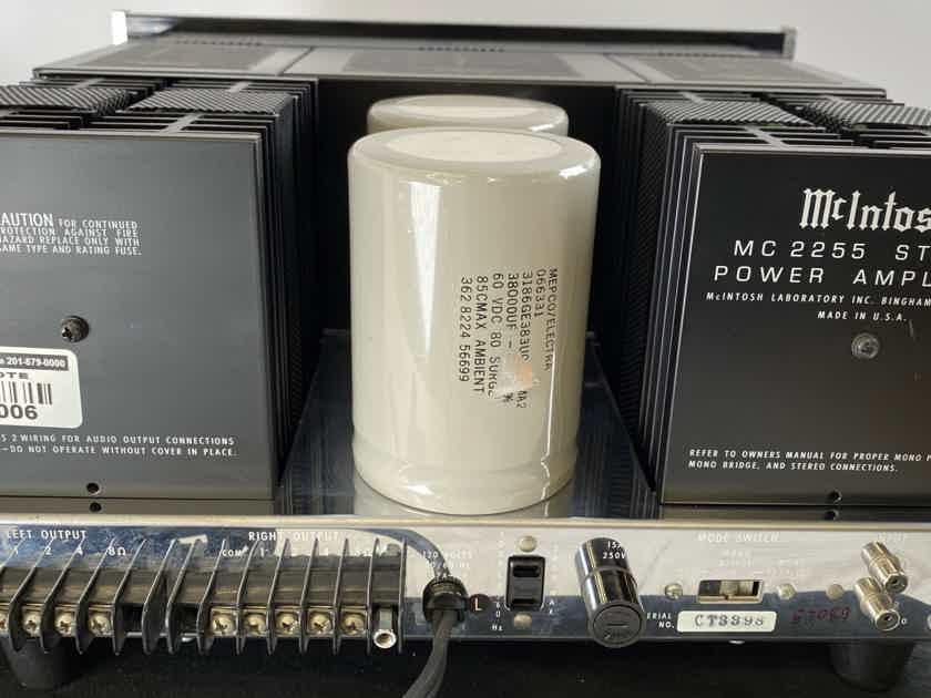McIntosh MC2255 Amplifier in Gorgeous Condition - 250W x 2