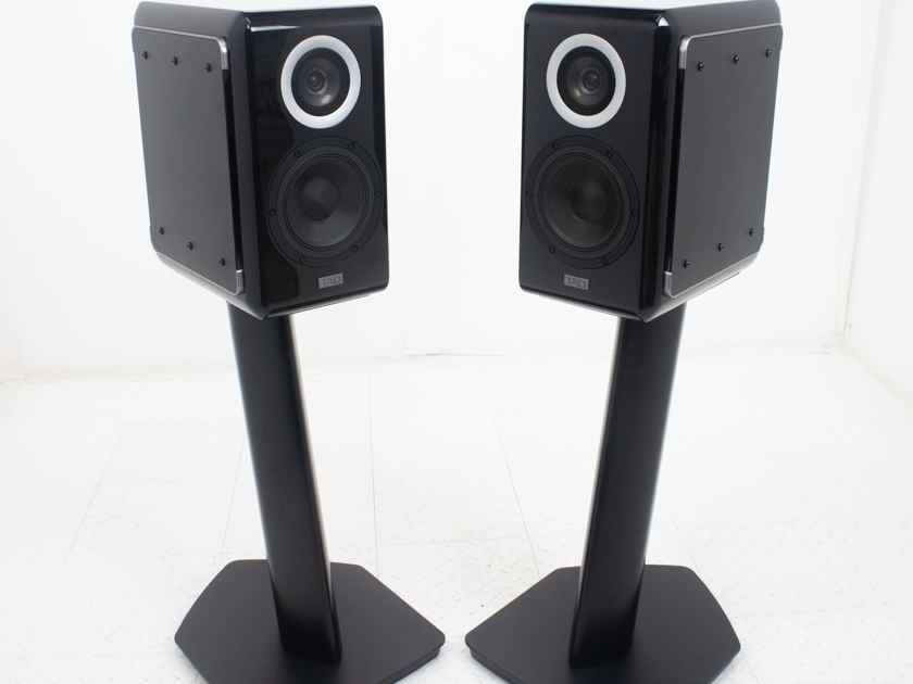 TAD Micro Evolution One Bookshelf Speakers; ME1; Black Pair w/ ST3 Stands (18834)
