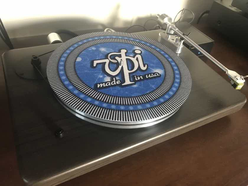 VPI Cliffwood Record Player