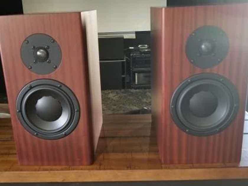 Totem Acoustic Mani 2 Speaker Mahogany Finish (#2)