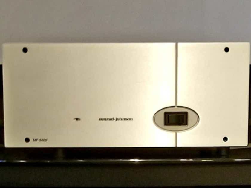conrad-johnson MF-5600  5 Channel conrad-johnson Amplifier
